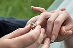 ازدواج دختر باکره منوط به اذن پدر