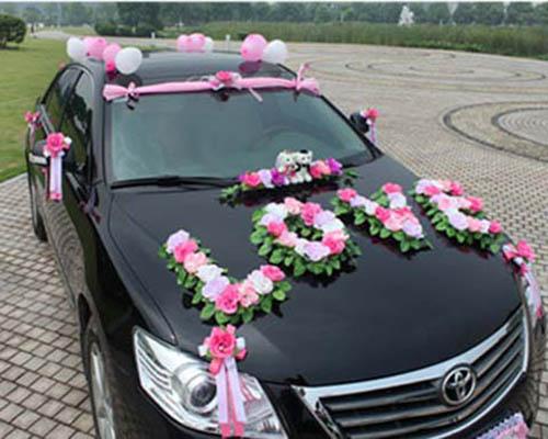 مدل های گل آرایی ماشین عروس